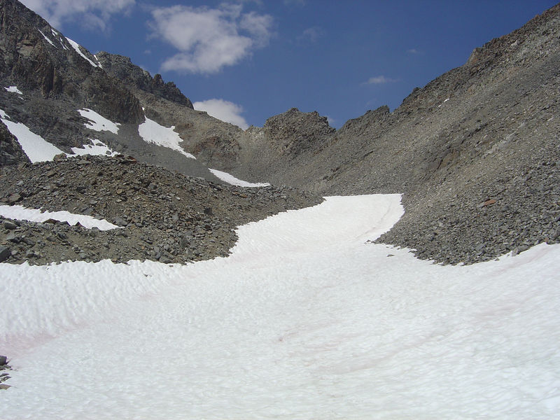 Snow field leading to the saddle.