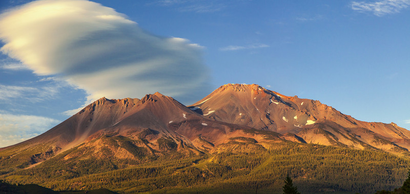 Mt Shasta Pano_West Face