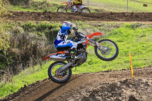 Moto 1 Women-C-125 School Boy