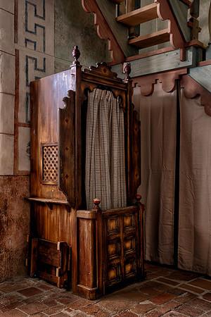Confessional, Mission San Miguel.
