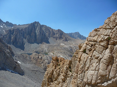 Mt. Whitney comes in to view.