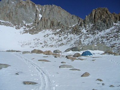 The lone tent at Iceberg Lake.