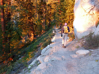 Bob Pickering heading for the North Fork of Lone Pine Creek junction.