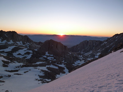 Sunrise from the slope up to Trail Crest.
