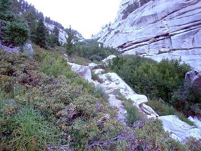 Looking up the North Fork of Lone Pine Creek towards Lower Boy Scout Lake.