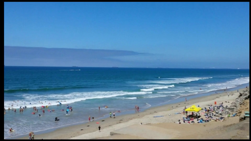 Video--Huntington Beach, north of pier