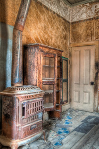bodie-house-stove
