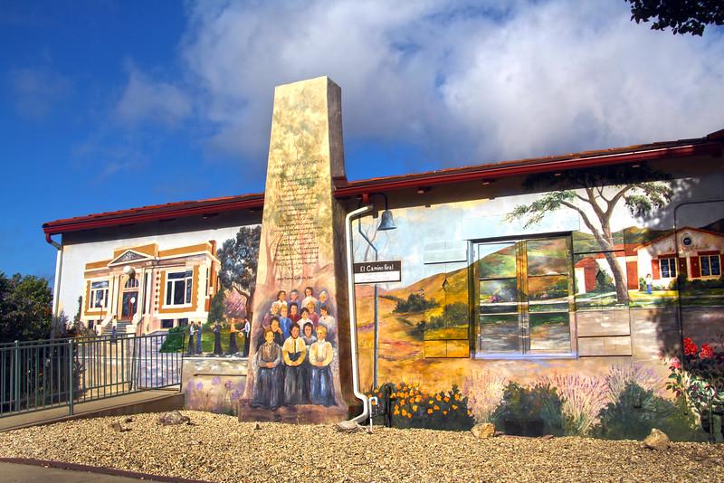 Lompoc California, Womens Club Mural