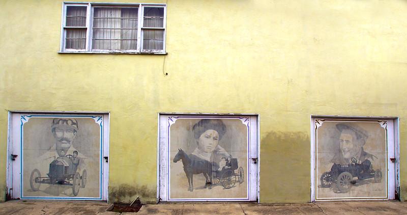 Lompoc California, Vintage Car Murals