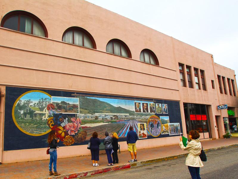 Lompoc California, Lompoc's Flower Industry Mural