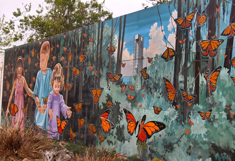 Lompoc California, Monarch Magic Mural
