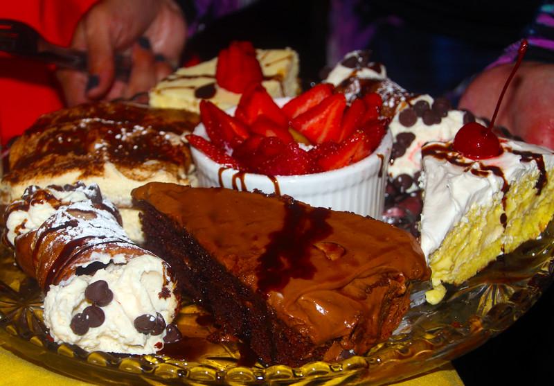 Lompoc California, La Botte Italian Restaurant, Dessert Tray