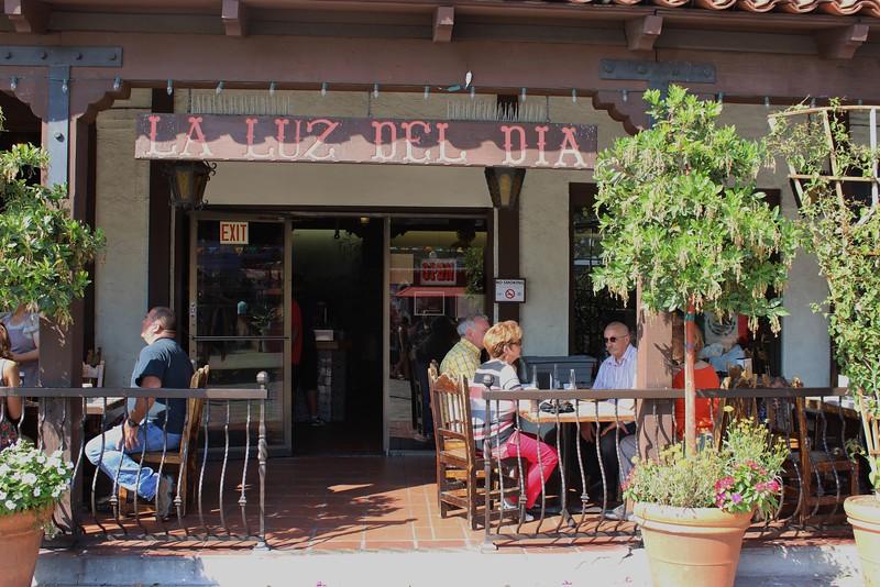 La Luz del Dia Restaurant