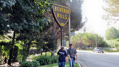 Touring Beverly Hills, Hollywood, Los Angeles, and Warner Brothers Studios