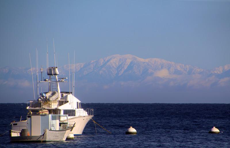Catalina Island: Avalon Harbor, View on San Bernardino Mountains