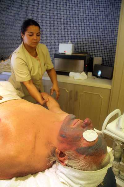 Catalina Island: Catalina Spa, Men's Facial