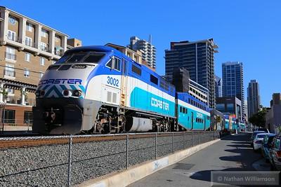 SDNX3002 arrives into San Diego