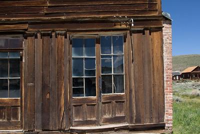 Bodie - a door