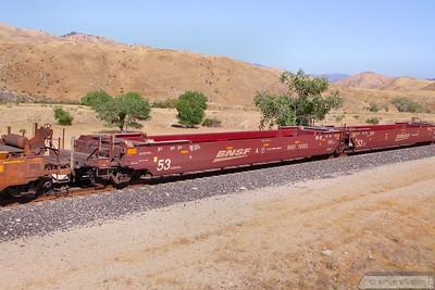 BNSF254153 passes Bena, Mojave Sub  07/06/10