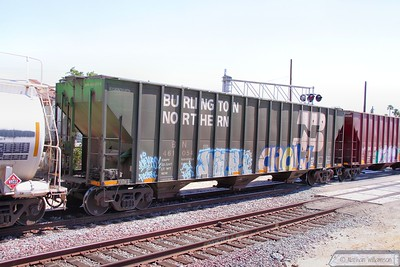 BN461054 arrives into Bakersfield  08/06/10