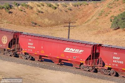 BNSF485016 exit Tunnel 2, Mojave Sub  07/06/10