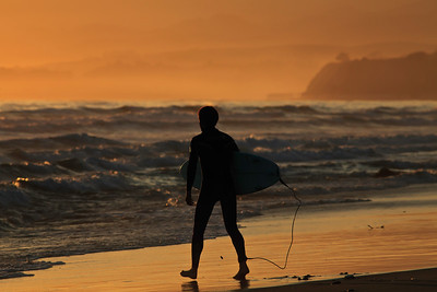 Goleta - Surfer at sunset, Coal Oil Point