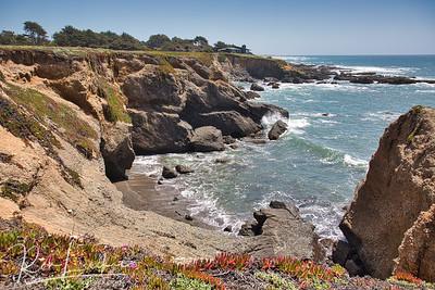 Beach access south of Pescadero