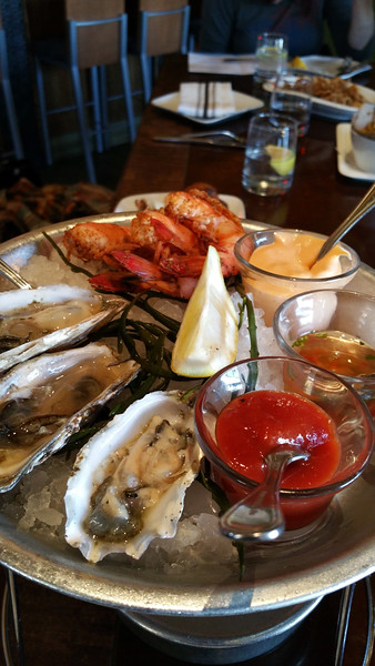Healdsburg California, Willi's Seafood, Raw Oyster & Scampi Plate