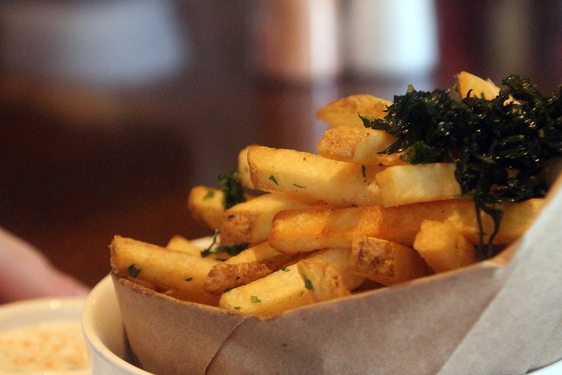 Healdsburg California, Willi's Seafood, Fries Topped with Kale Strips