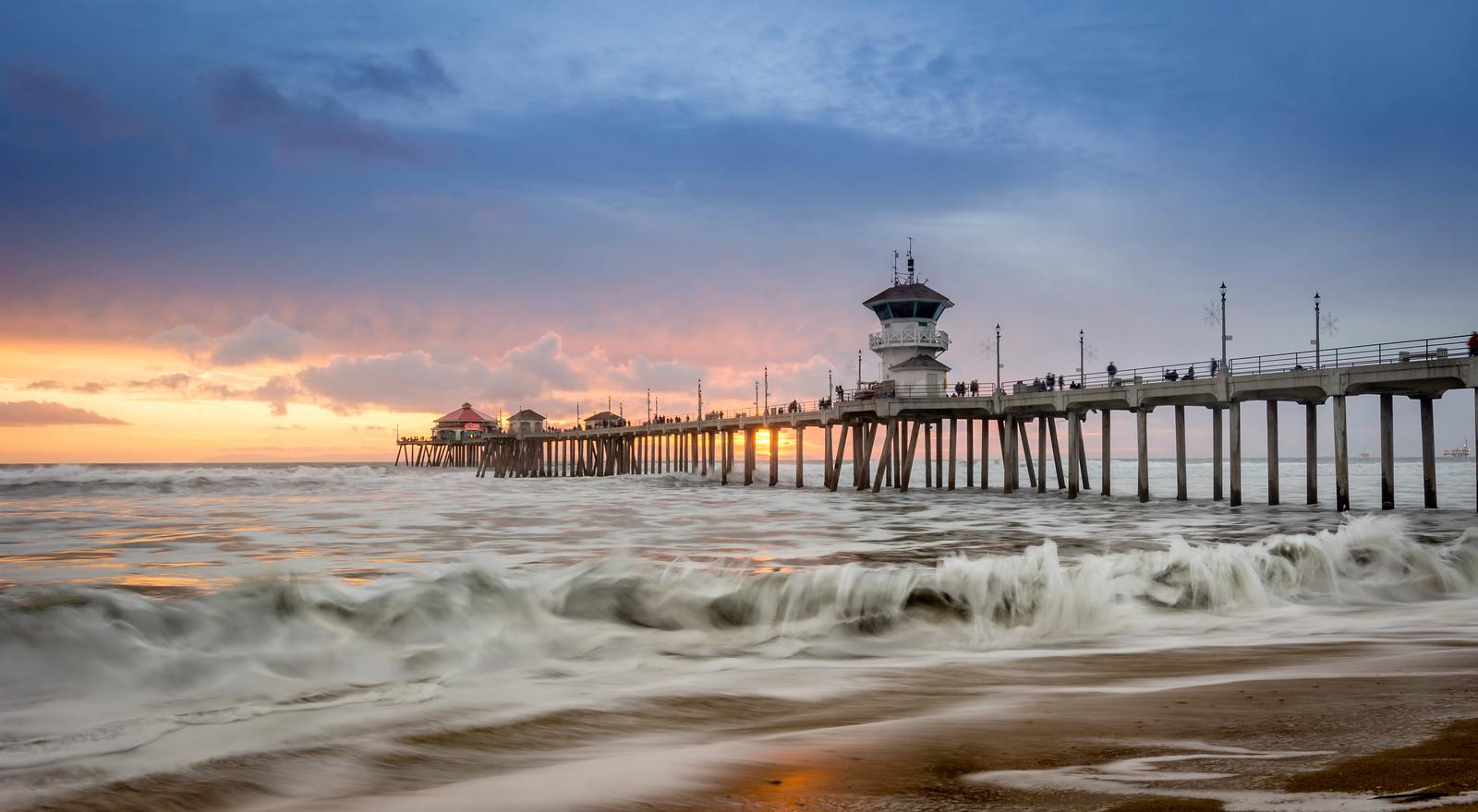 The Motion of the Ocean - Huntington Beach, CA, USA