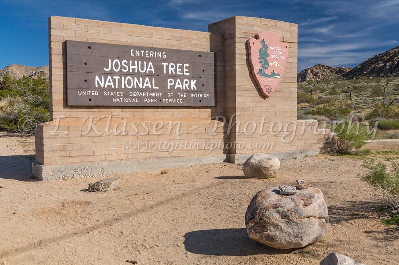 The park sign at the entrance to Joshua Tree National Park, California, USA