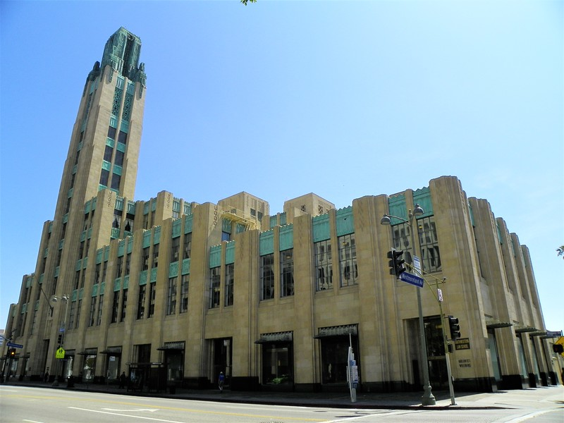 "Bullocks Wilshire, 3050 Wilshire Blvd. is now a law school. Pat Nixon worked here as a young woman. <a href=""https://en.wikipedia.org/wiki/Bullocks_Wilshire"">https://en.wikipedia.org/wiki/Bullocks_Wilshire</a>"