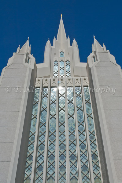 The San Diego Mormon Temple at La Jolla, California, USA.