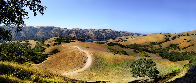 Panorama - Del Valle, sitting on steep hill with Jazz