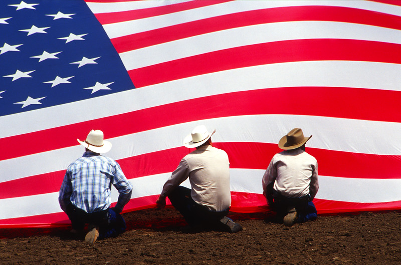 kneeling at the flag