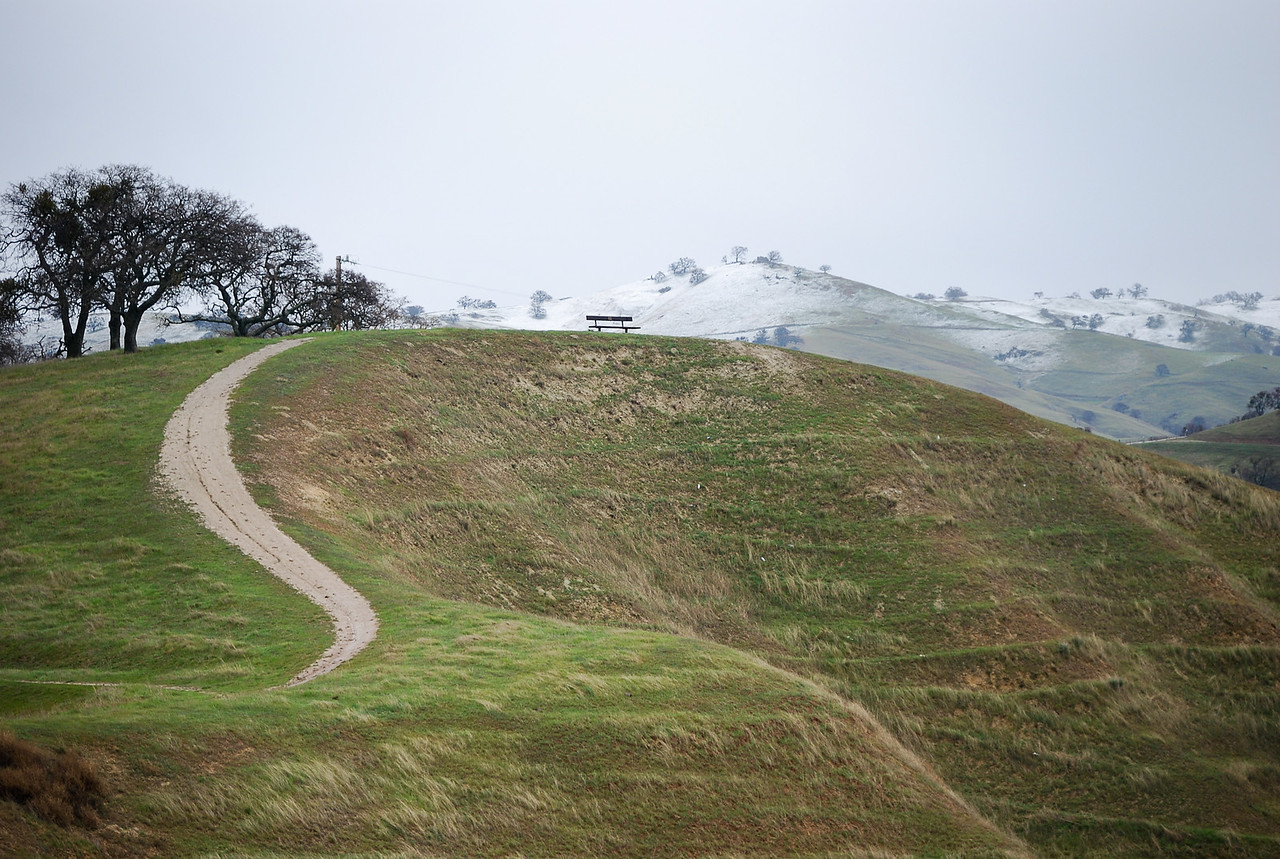 Snow on hills  in spring - Airplane Hill trailhead, Del Valle (EBRP-Del Valle)