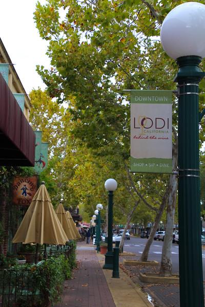 Lodi California, Downtown Sidewalk