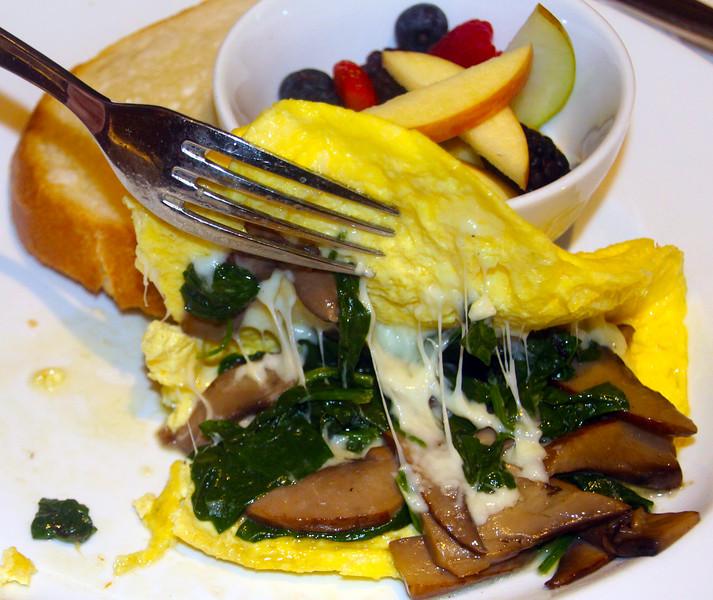 Lodi California, Breakfast Omelette, Wine & Roses Resort
