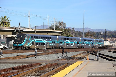 Metrolink Cab Car 678 arrives into Los Angeles Union  02/02/15