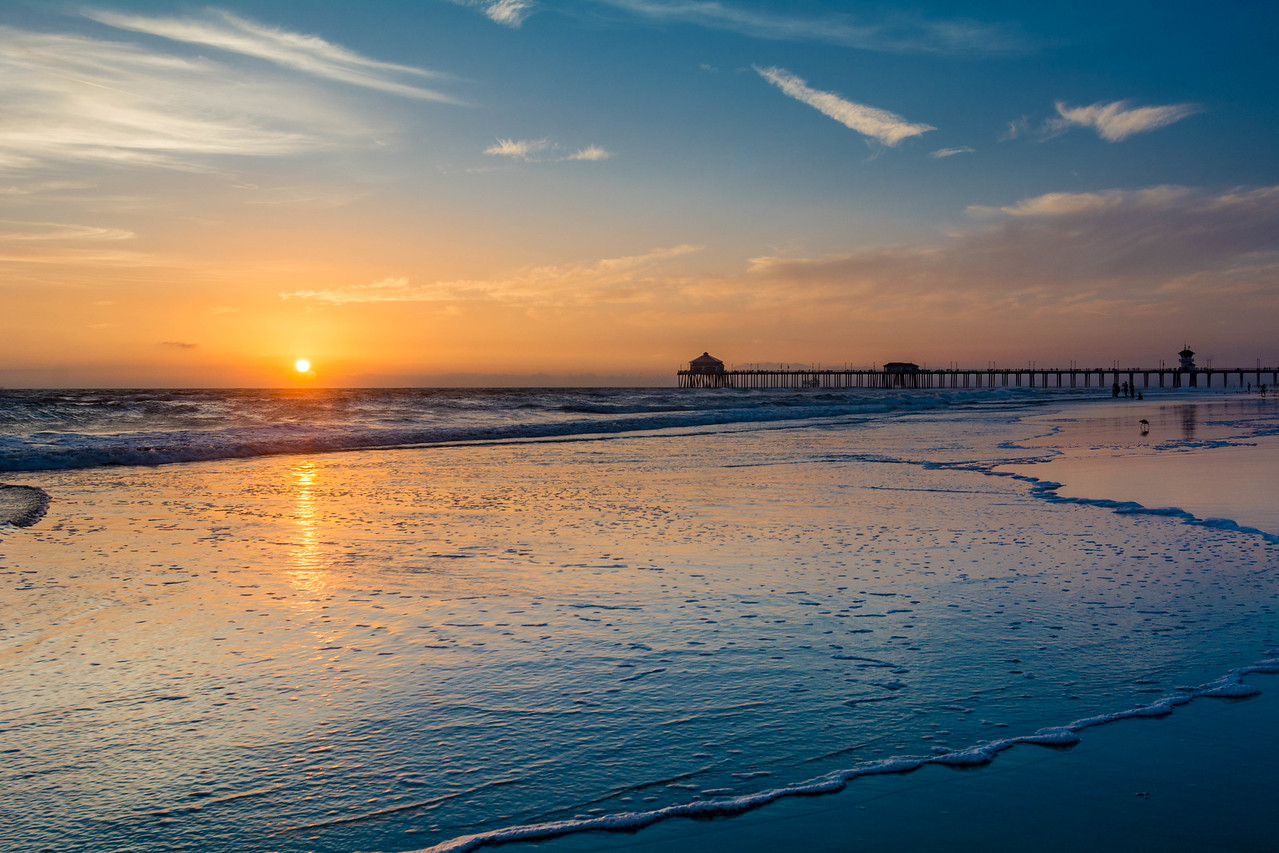 Sinking - Huntington Beach, CA, USA