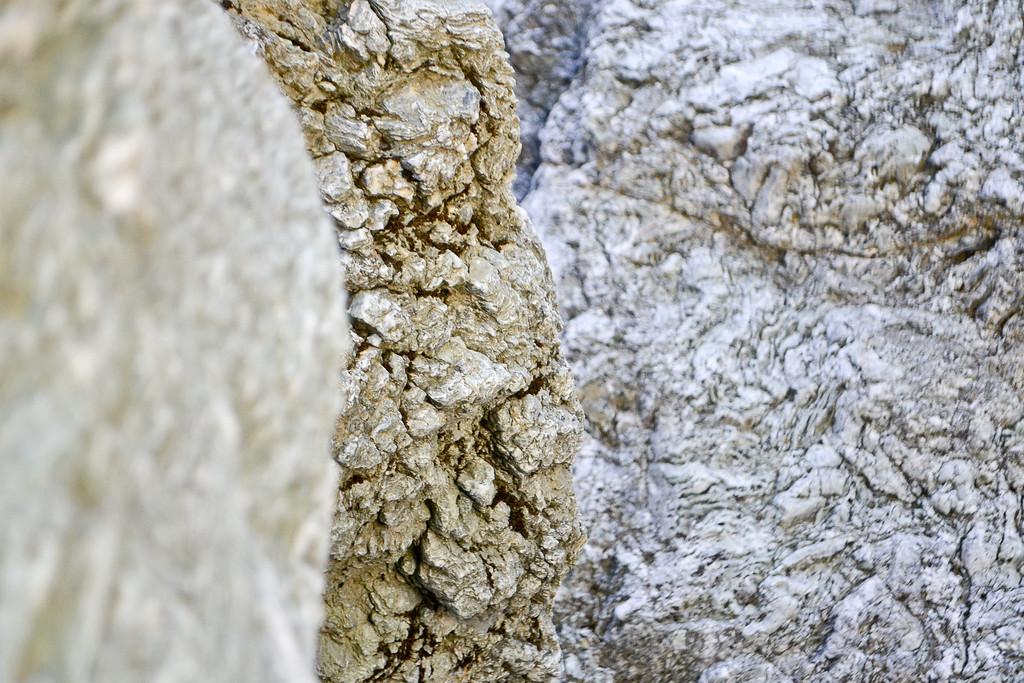 Enormous rocks in the bottom of Alameda Creek at Little Yosemite.