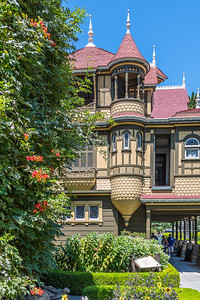 A California Registered Historical Landmark, the Winchester House was built by Sarah Winchester, widow of rifle manufacturer William Winchester.  This unique Victorian structure was constructed beginning in 1884 and continued without interruption until Mrs. Winchester's death in 1922.  The continual building and remodeling efforts created a 160-room house covering an area of six acres.  The grounds and gardens have been carefully restored to the time when Mrs. Winchester had a full-time staff of eight gardeners.