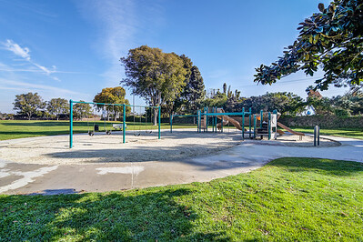 Lindberg School and Park_CM-0338_39_40