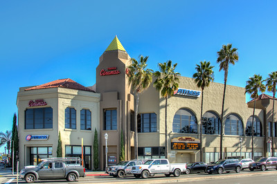 CostaMesa_TriangleSquare-8887_8_9