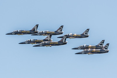 The Breitling Jet Team is made up of seven L-39C Albatros aircraft, Czech-made twin-seater military training jets that can also be used for passenger flights.  These magnificent planes represent an excellent compromise between performance, aesthetics, reliability and operating costs.