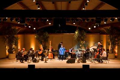 """""""Ayre"""" with soprano Dawn Upshaw and the eighth blackbird orchestra"""