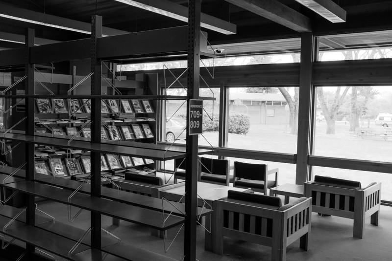 Magazine reading area