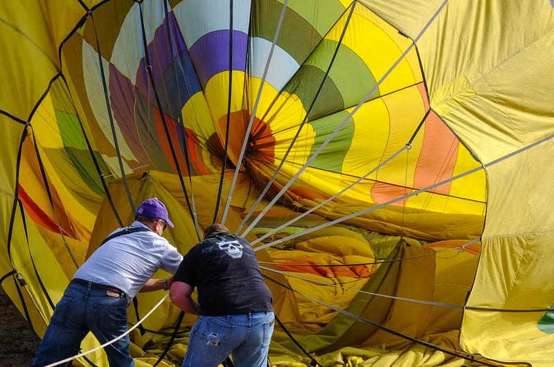 Lowering balloon, Petaluma, CA