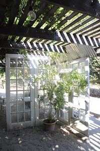 """Love the """"room"""" divider. Would love to do this in an outdoor space someday."""