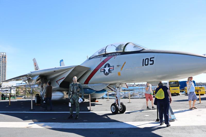 F-14 Tomcat, Fighter